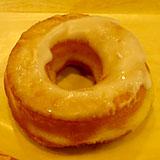 サミットストア パン屋 ダンブラウンの『リングドーナツ(グレーズ)』。