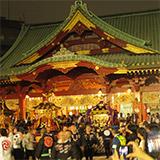 神田祭 第1夜 夜空に輝く神輿と高張提灯。